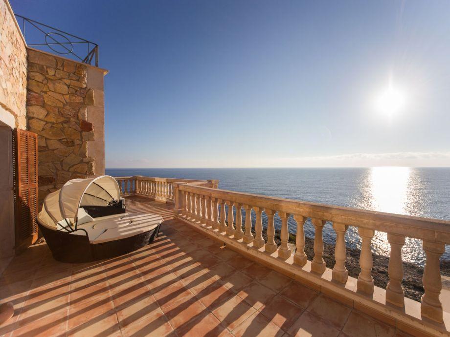 Villa Castilo del Mar in 1. Meereslinie