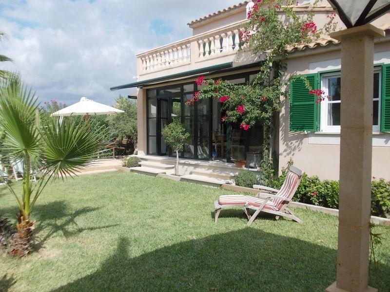 Villa Refugio.