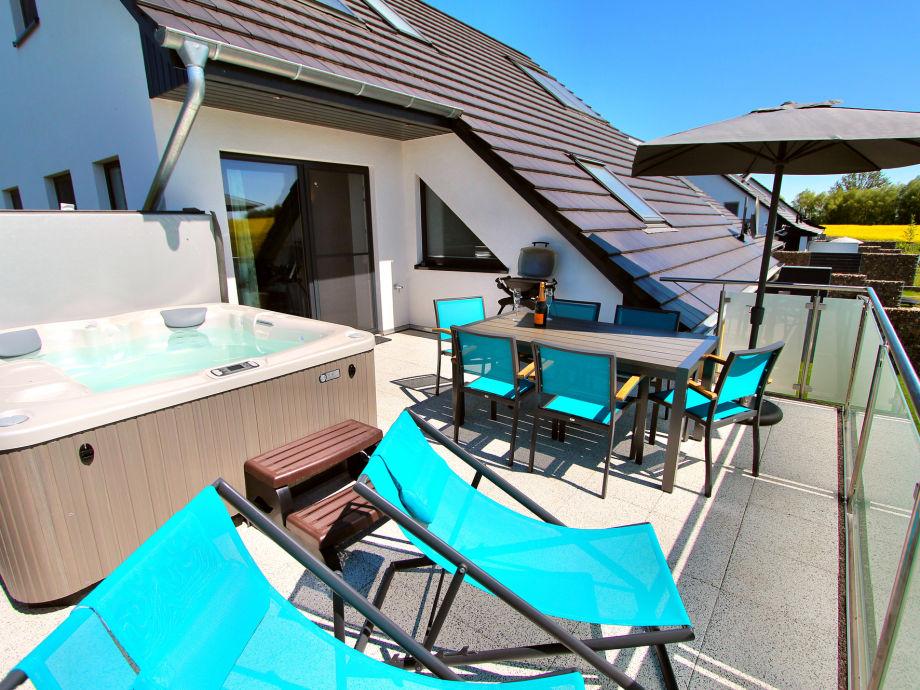 villa aquila luxus og ferienwohnung ostsee meckenburgische seenplatte firma gsa mbh frau. Black Bedroom Furniture Sets. Home Design Ideas