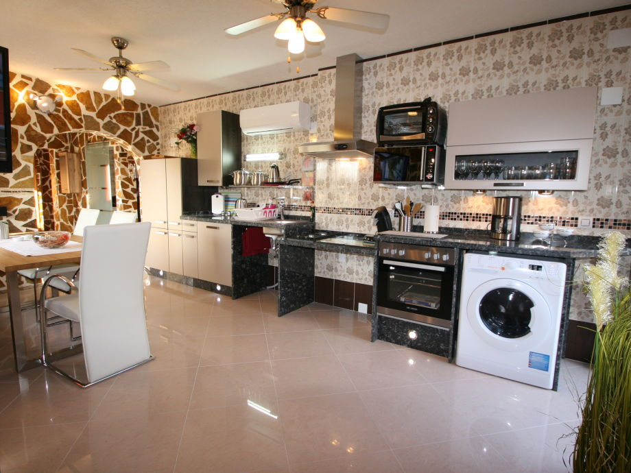 More fashionably, high-quality, untermobile kitchen