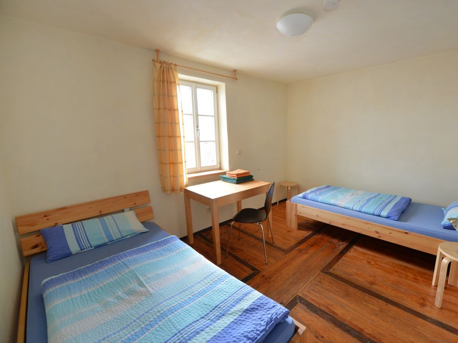 Schafstall -Zwei-Bett-Zimmer