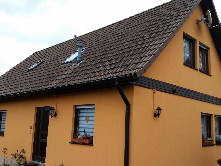 Haus mit Ferienwohnung im Dachgeschoss