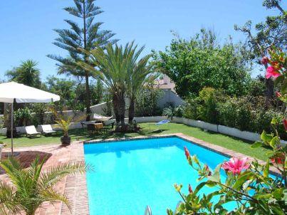 Luxuriöse Ferienwohnung mit privatem Pool