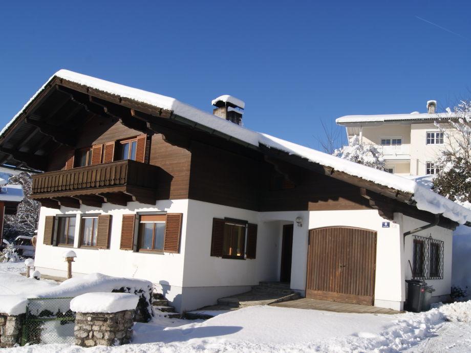 Landhaus im Winter