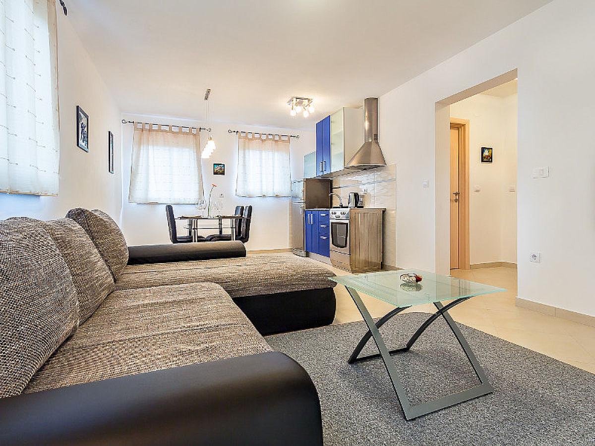 ferienwohnung marko medulin firma adrias tours frau sanja cukon. Black Bedroom Furniture Sets. Home Design Ideas