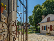 Holiday house Rustic Istrian House Varesco