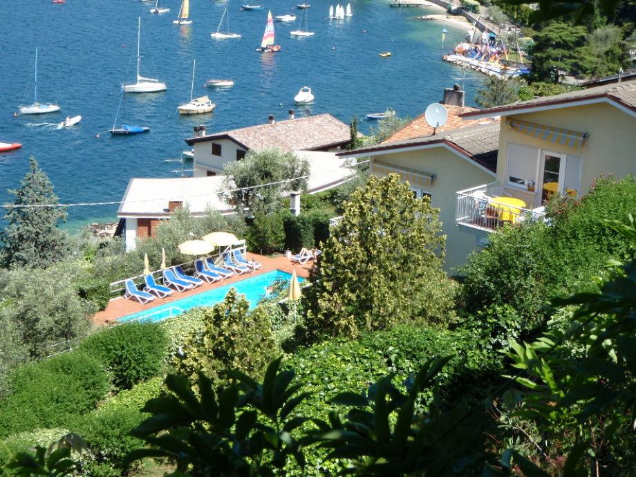 Garten, Schwimmbad und Bucht von Val di Sogno