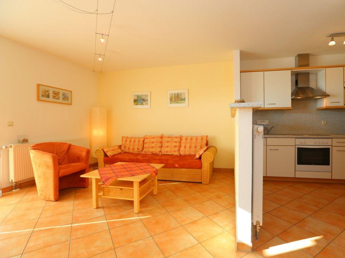 Ferienwohnung 2 im Strandhaus Wohnung, Ostsee, Boltenhagen - Firma ...