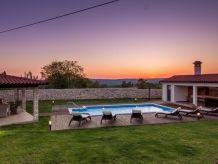 Villa Anica