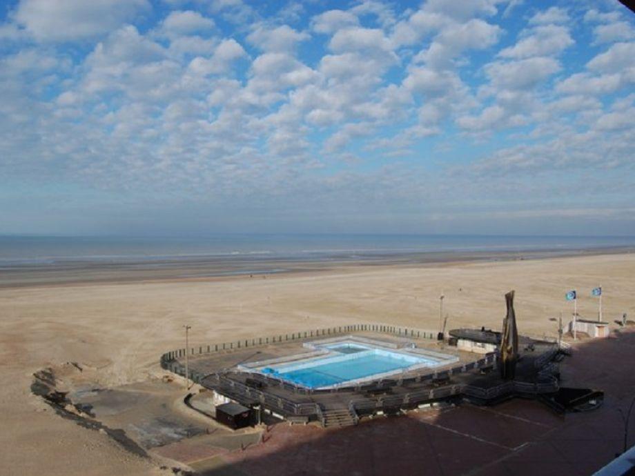 Ferienwohnung santa marta ii belgische k ste for Schwimmbad aussen
