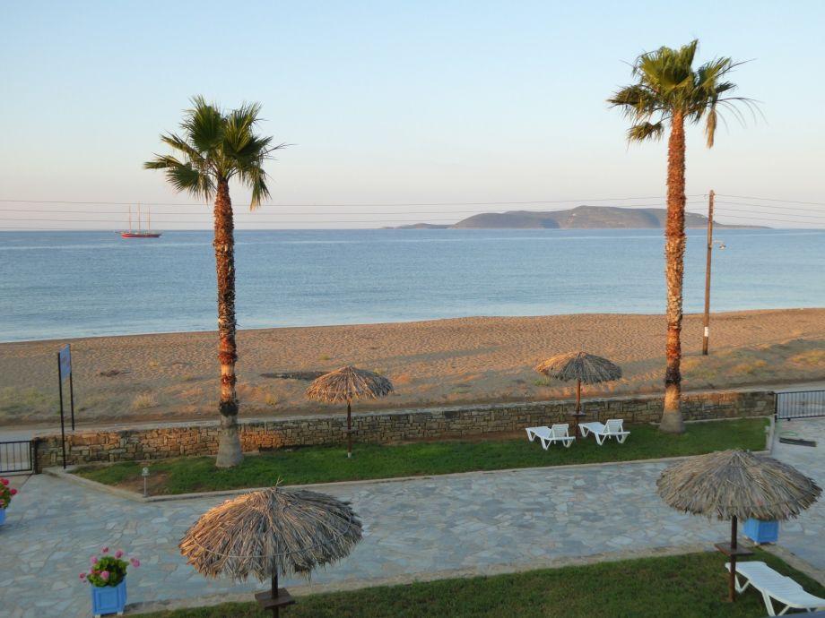 Anemomilos Strand und Garten