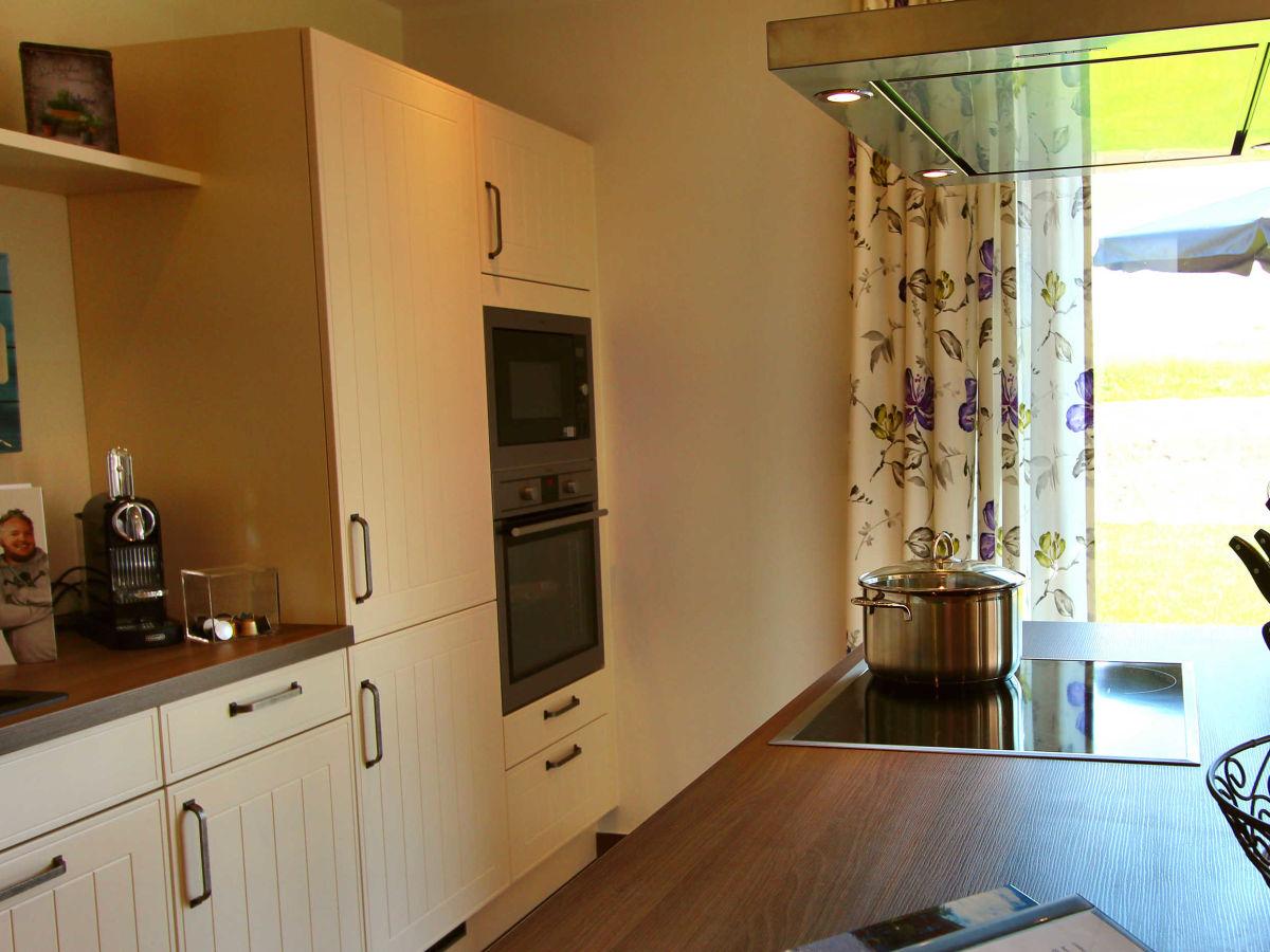 villa aquila luxus eg ferienwohnung fleesensee meckenburgische seenplatte firma gsa mbh. Black Bedroom Furniture Sets. Home Design Ideas