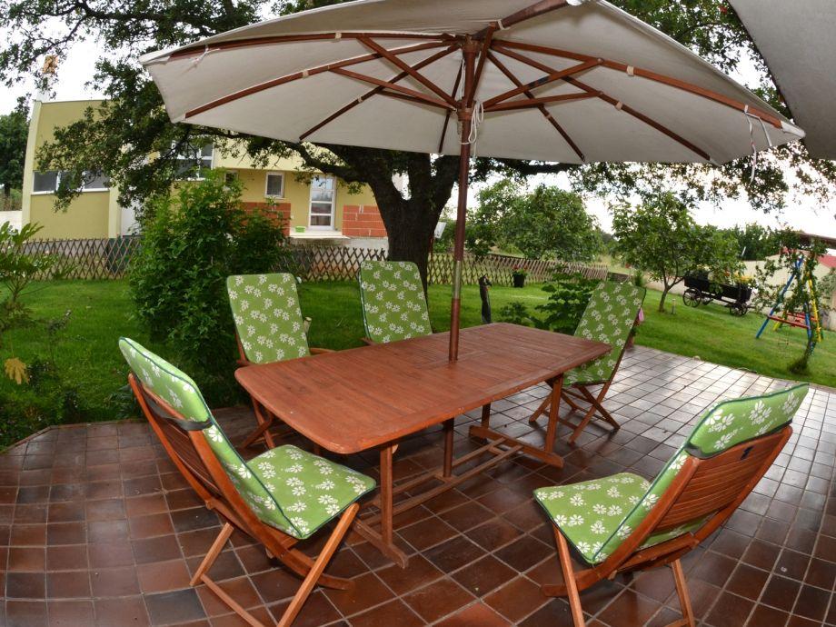 ferienwohnung nevija istrien kroatien peroj frau. Black Bedroom Furniture Sets. Home Design Ideas
