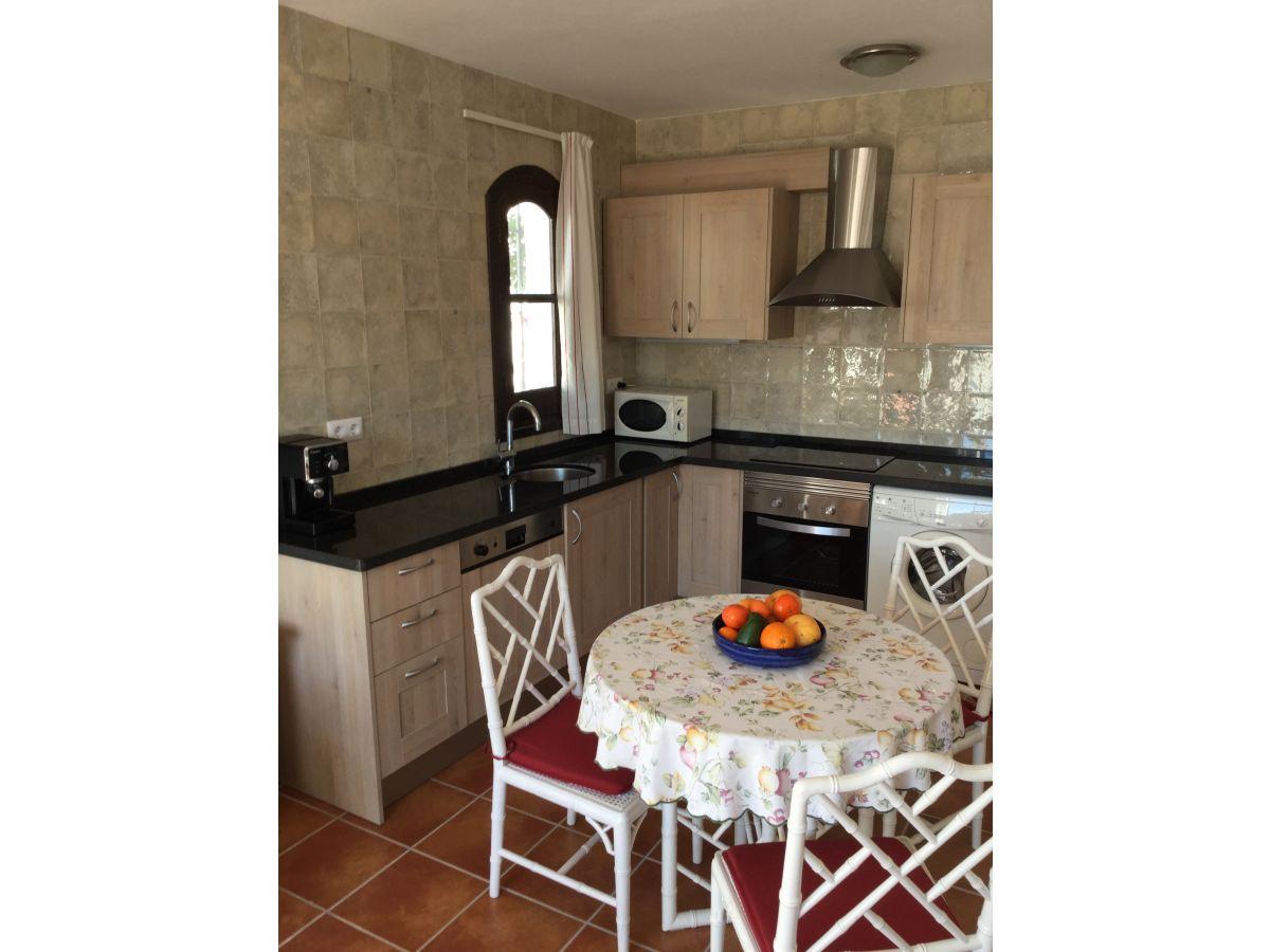 ferienhaus casa shiraz nerja costa del sol firma casa shiraz herr robert kemper. Black Bedroom Furniture Sets. Home Design Ideas