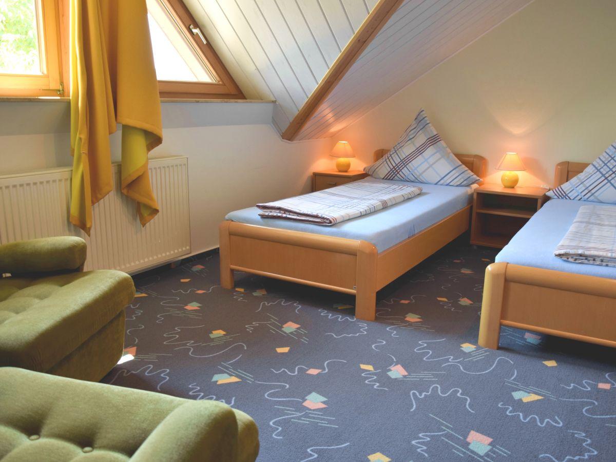 20170118140821 Gemütliche Kleine Schlafzimmer ~ Easinext.com