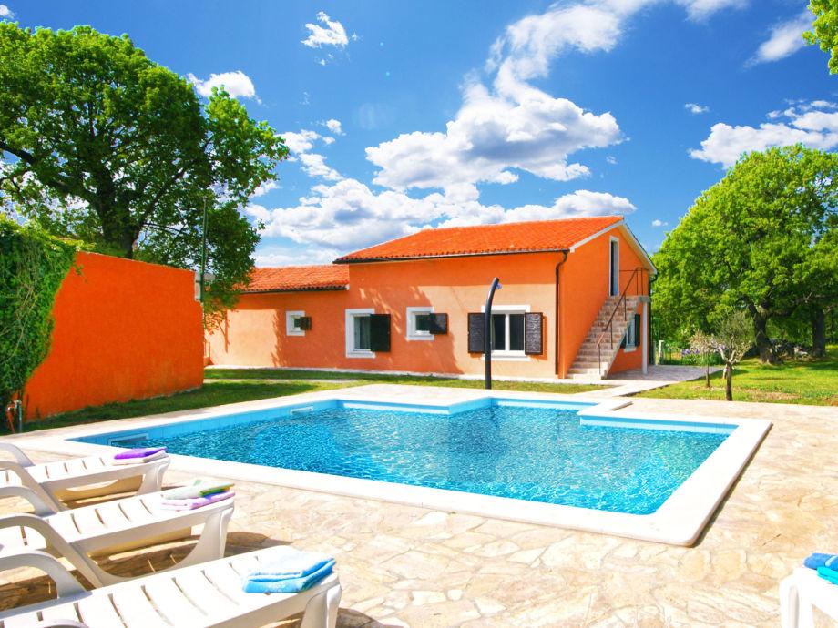 Villa Licul - private Ferienhaus für 6