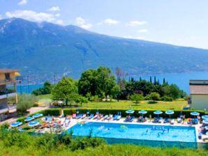 Holiday apartment Tignale - Apartment Villetta Giardino 307
