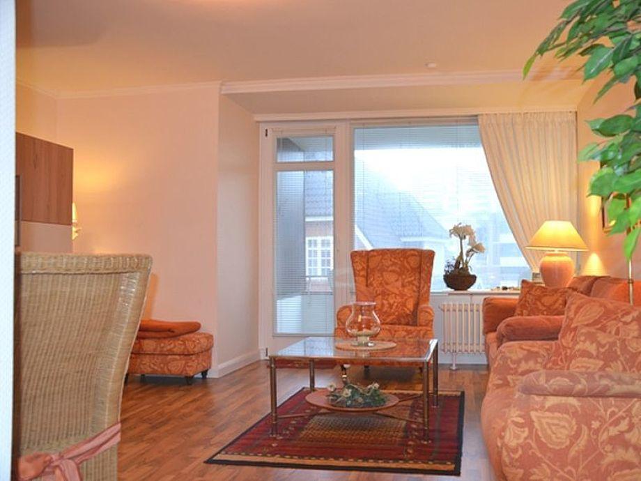 Wohn-/Schlafzimmer in warmen Farben