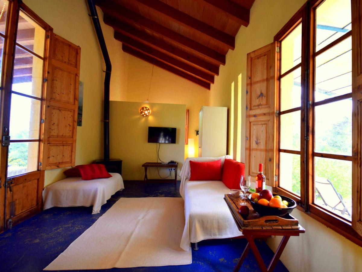 finca vista tramuntana casita 44909 balearen mallorca. Black Bedroom Furniture Sets. Home Design Ideas