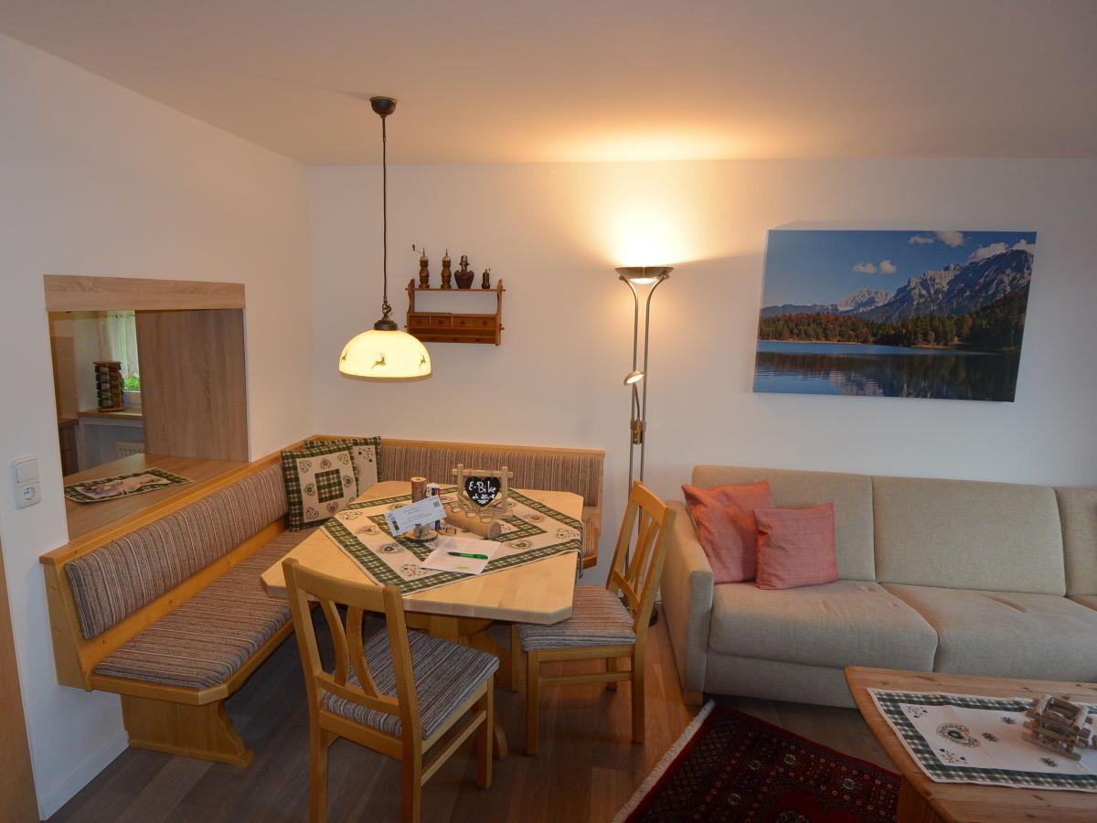 Ferienwohnung karwendelspitzblick oberbayern alpenwelt for Wohn und esszimmer