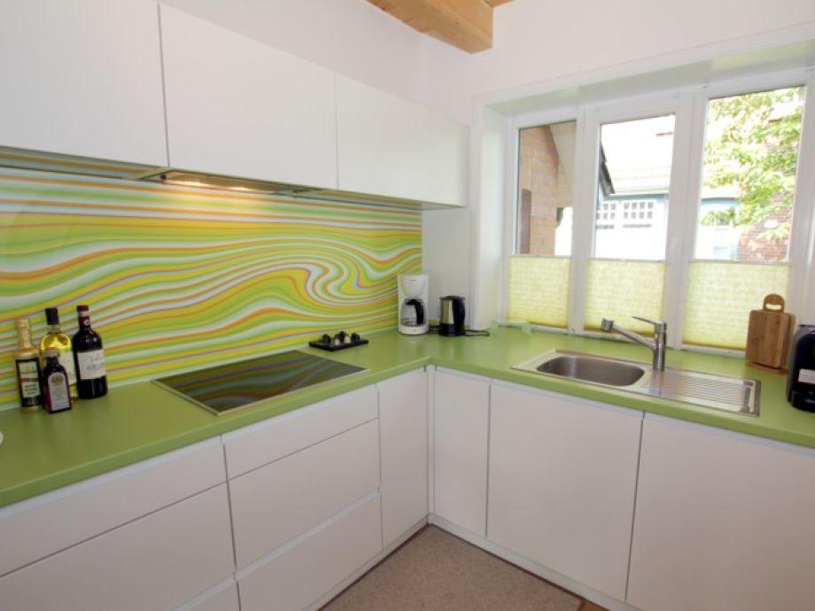 Küchenzeile Hauswirtschaftsraum ~ ferienwohnung 1 im haus liguster, am grünstreifen 29, föhr firma frädrich ferienwohnungen und