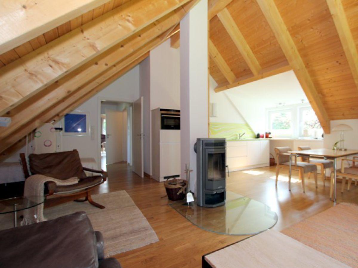 ferienwohnung 2 im haus liguster am gr nstreifen 29 wyk auf f hr firma fr drich. Black Bedroom Furniture Sets. Home Design Ideas