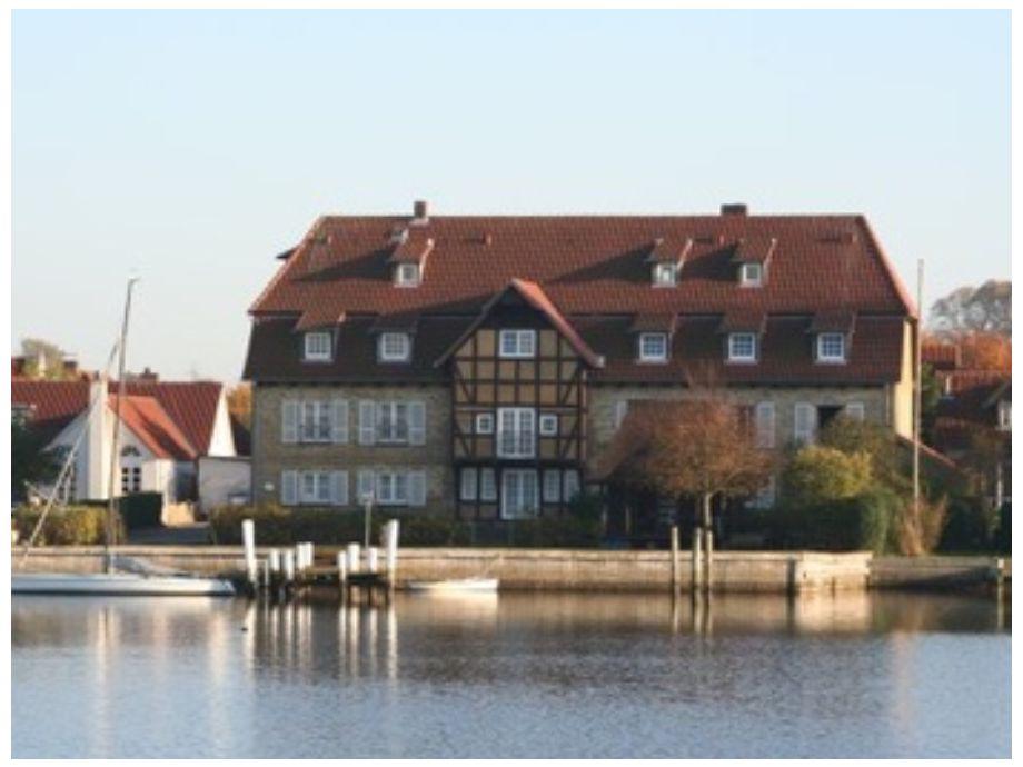 Mühlenhaus mit eigenem Bootssteg