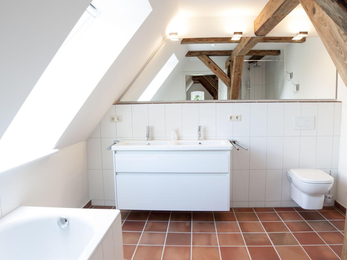 ferienwohnung alter pferdestall 1 kieler bucht. Black Bedroom Furniture Sets. Home Design Ideas