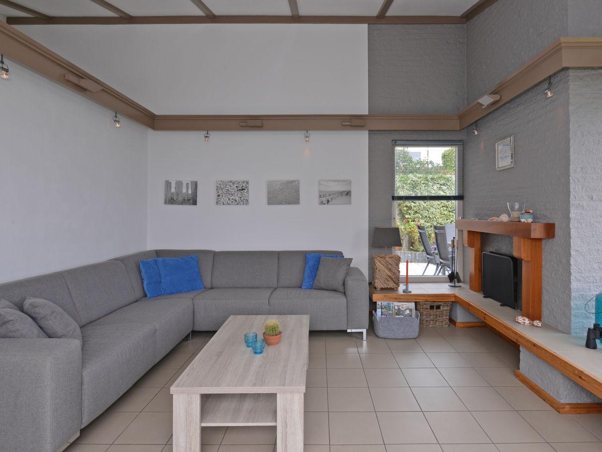 bungalow mit kamin am strand kamperland firma ruiterplaat recreatiebeheer frau raissa besems. Black Bedroom Furniture Sets. Home Design Ideas
