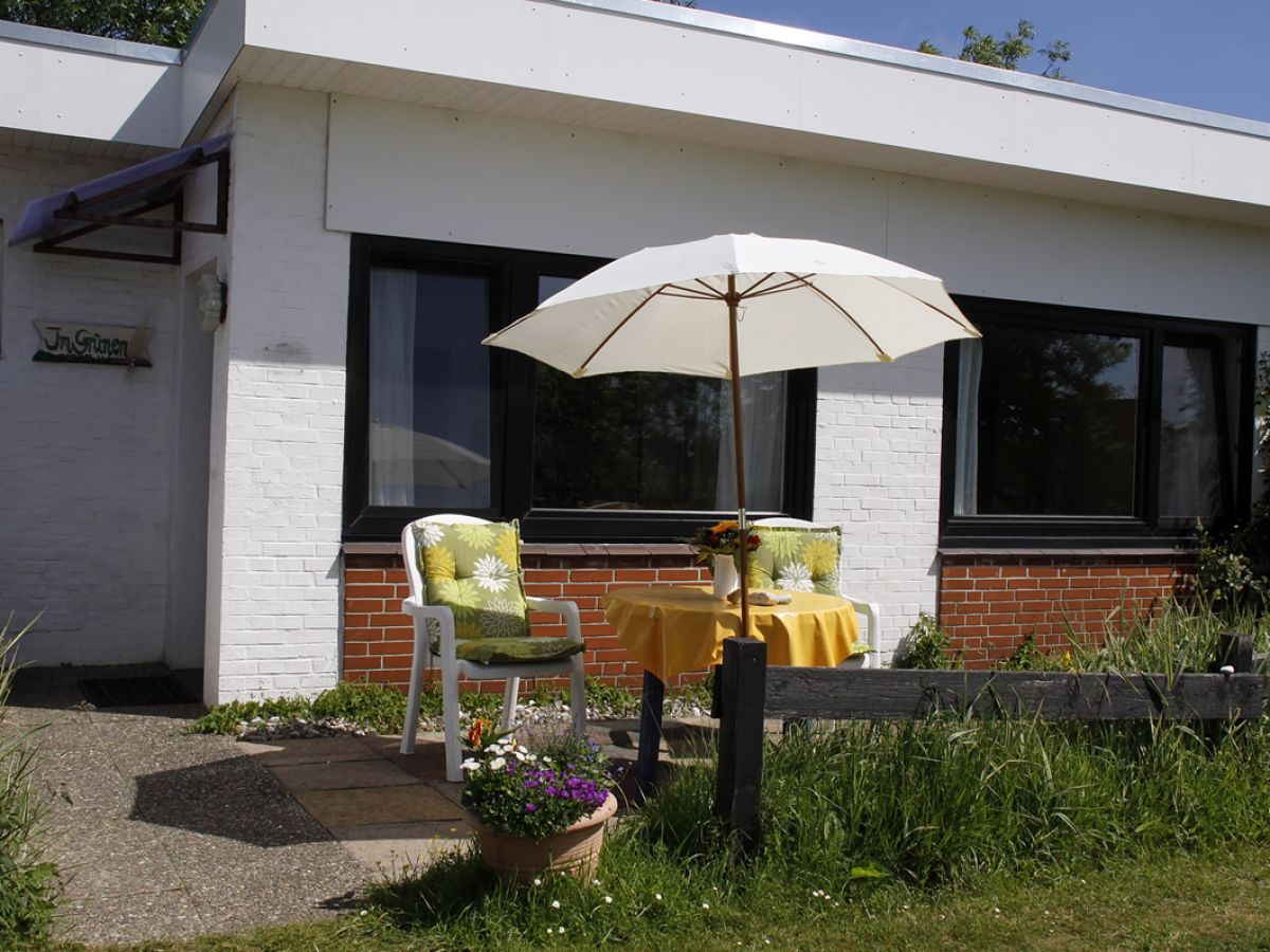 ferienwohnung landhaus sutje im gr nen st peter ording firma landhaus sutje frau zo tina. Black Bedroom Furniture Sets. Home Design Ideas
