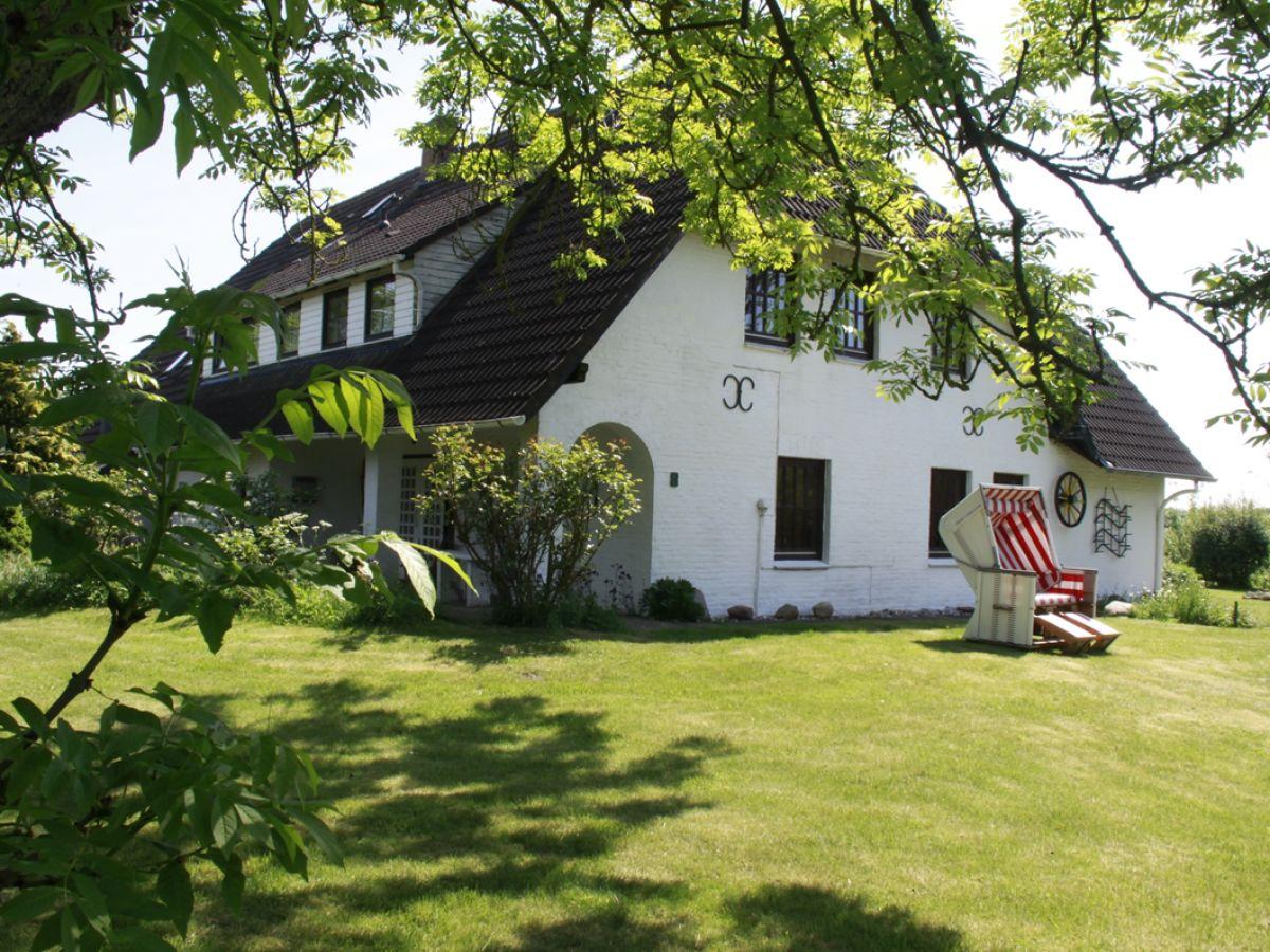 ferienwohnung landhaus sutje im gr nen nordsee halbinsel eiderstedt firma landhaus sutje. Black Bedroom Furniture Sets. Home Design Ideas