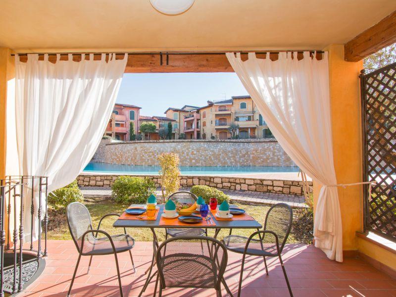 Holiday apartment Borgo del Torchio H2