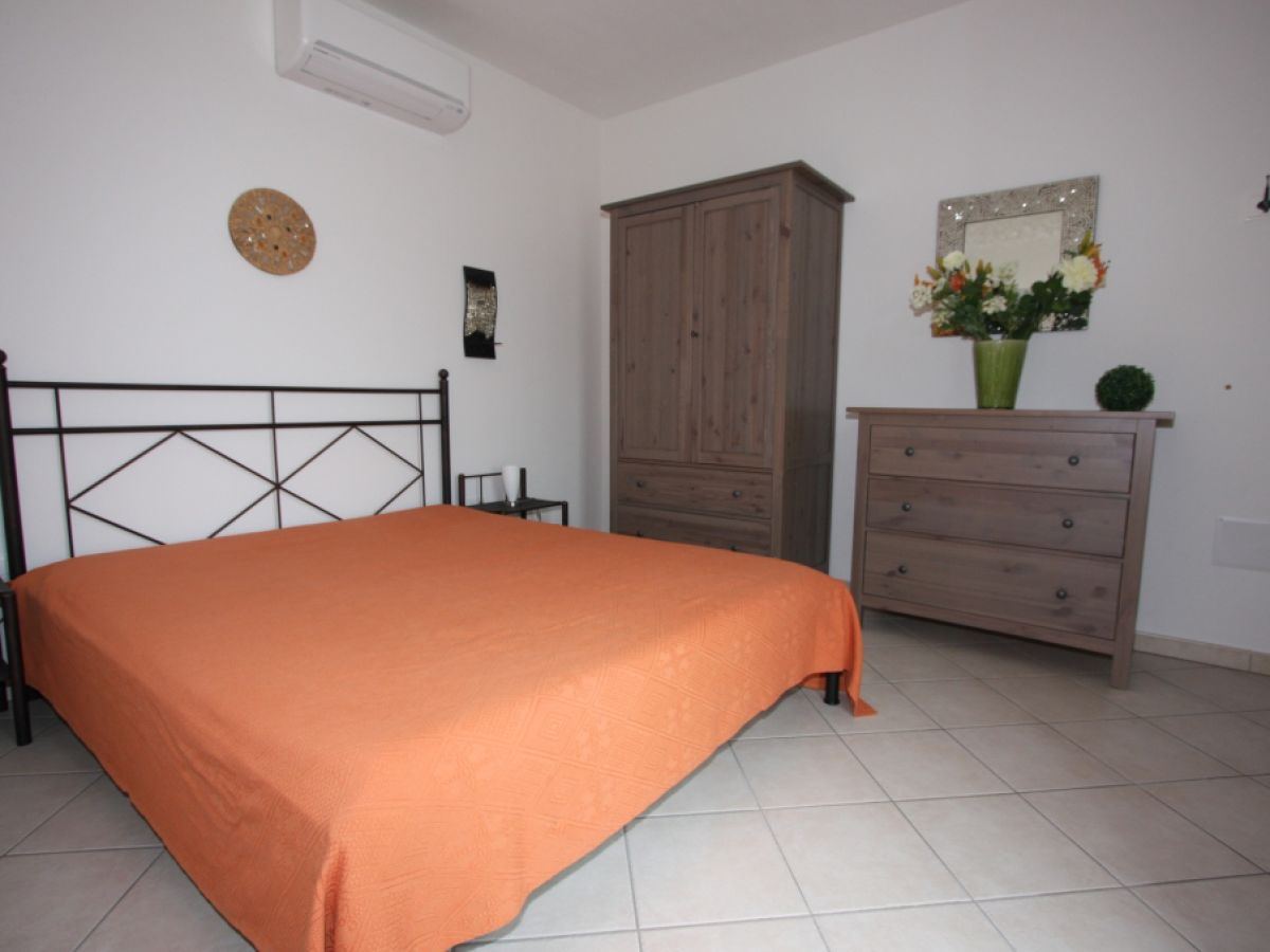 Penthouse ferienwohnung aquila badesi firma sardinia - Schlafzimmer stephan ...