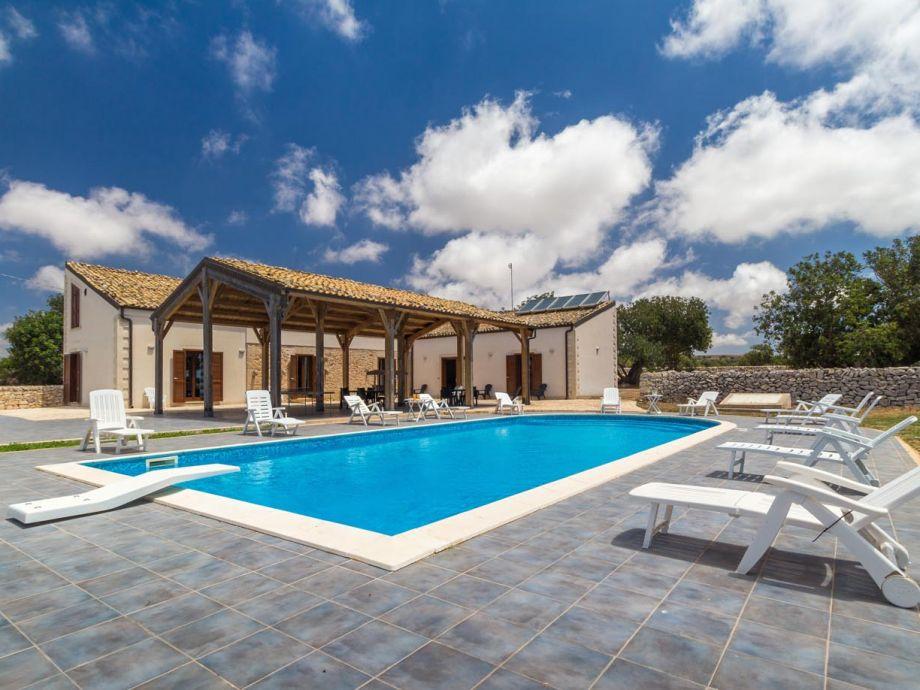 Außenaufnahme Villa Calliope