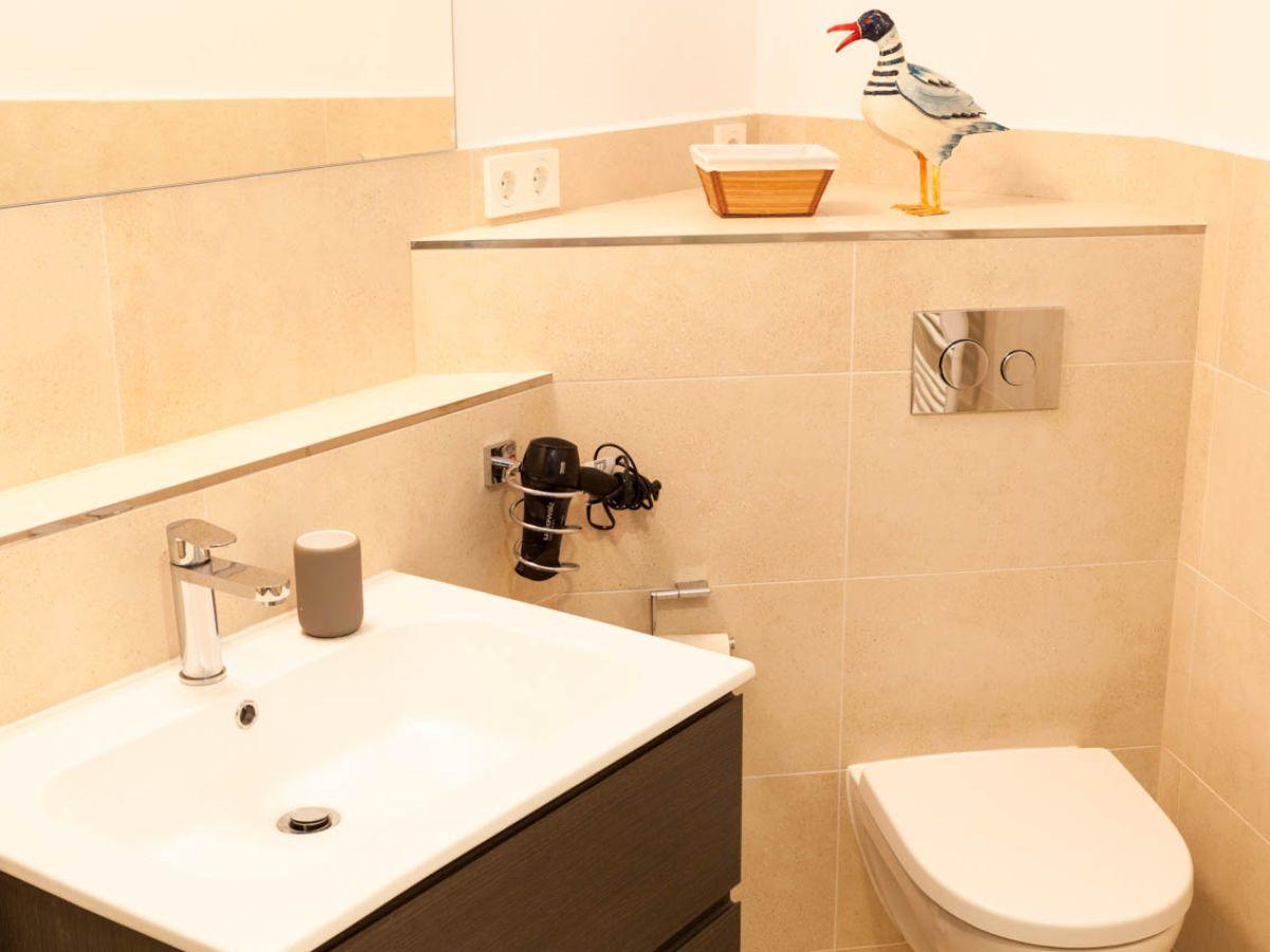 ferienwohnung strandallee 200 wg 102 timmendorfer strand ostsee l becker bucht firma ostsee. Black Bedroom Furniture Sets. Home Design Ideas