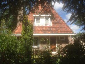 """Ferienhaus """"Gazelle"""" in super Lage in Bergen NH"""