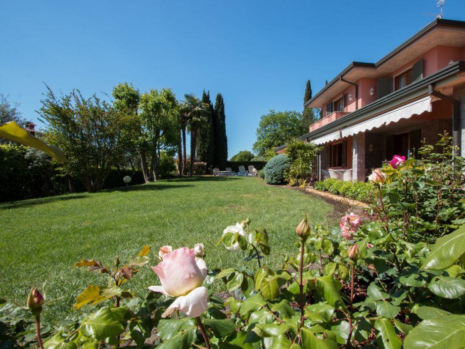Außenaufnahme Villa Monica
