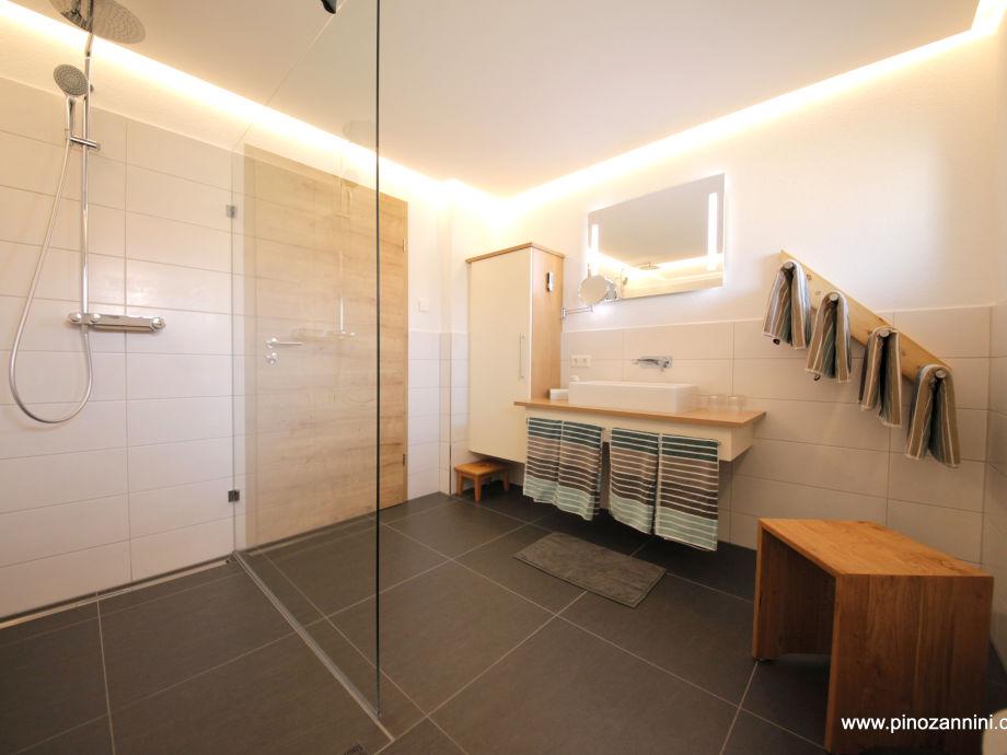 ferienwohnung schwarzwaldtraum abendgrund schwarzwald mittlerer schwarzwald firma. Black Bedroom Furniture Sets. Home Design Ideas