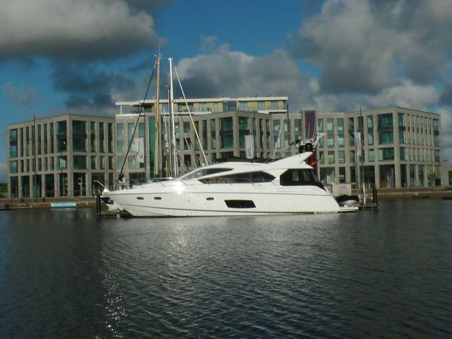 Blick auf das Apartment zw. Weser u. Hafen
