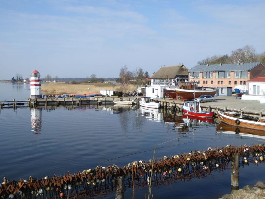 Hafen von Waase 400m von der Ferienwohnung entfernt