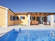 Villa Nataly mit Pool