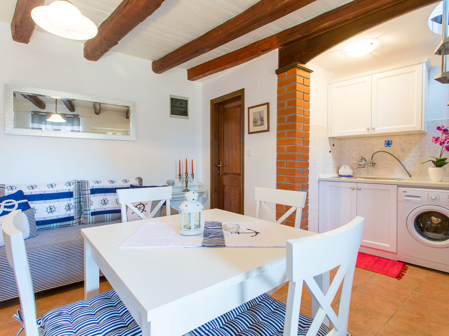 ferienhaus st bernhard funtana istrien firma istra expert by exoriens d o o frau fani. Black Bedroom Furniture Sets. Home Design Ideas