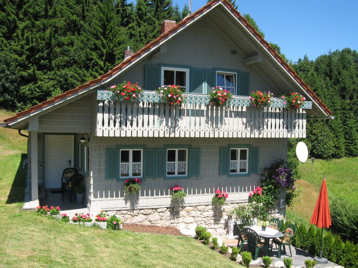 ferienwohnung haus elisabeth bayerischer wald neureichenau familie elisabeth und alois gell. Black Bedroom Furniture Sets. Home Design Ideas
