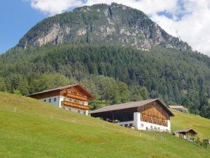 Ferienwohnung Tschafon am Bergbauernhof Mongadui