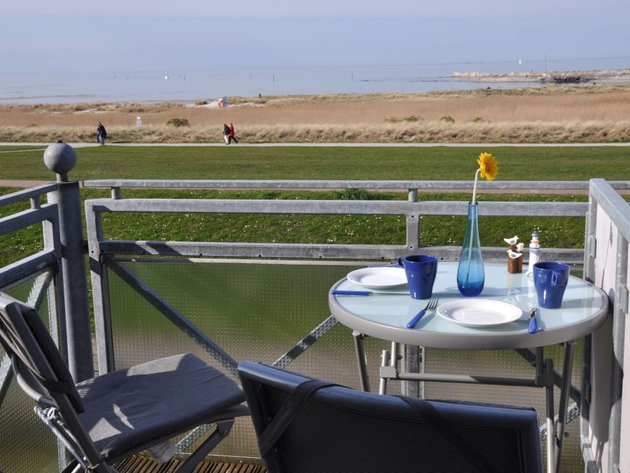Blick vom Balkon in Richtung Marina