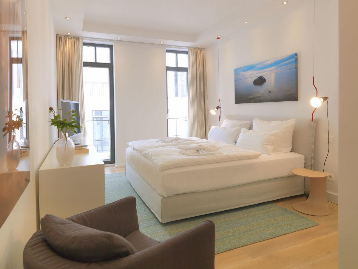 ferienwohnung sunshine cloud in der villa claire r gen m nchgut granitz firma k und k. Black Bedroom Furniture Sets. Home Design Ideas