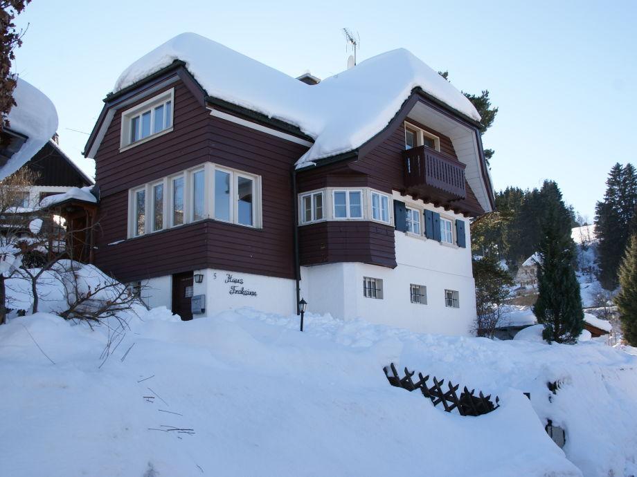 Haus Frohsinn im Winter