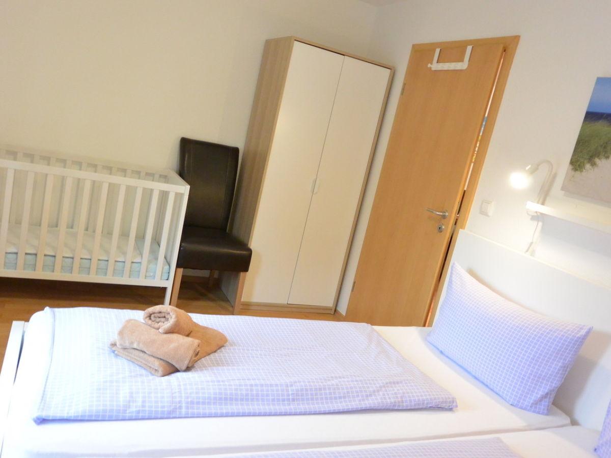 ferienhaus am warft 1 norddeich ostfriesland firma fewo vermietung norddeich kuhlmann. Black Bedroom Furniture Sets. Home Design Ideas