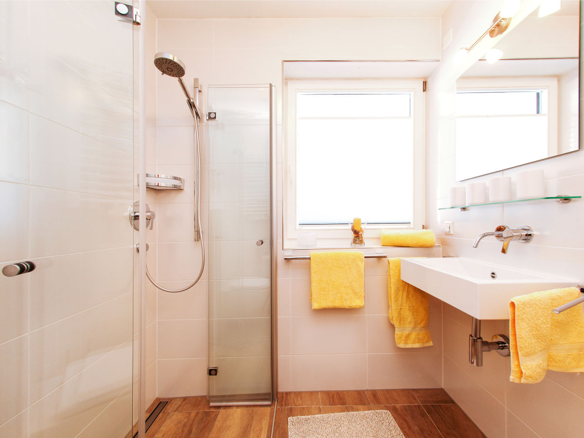 ferienwohnung fr hlingstra e reit im winkl frau brigitte handke. Black Bedroom Furniture Sets. Home Design Ideas