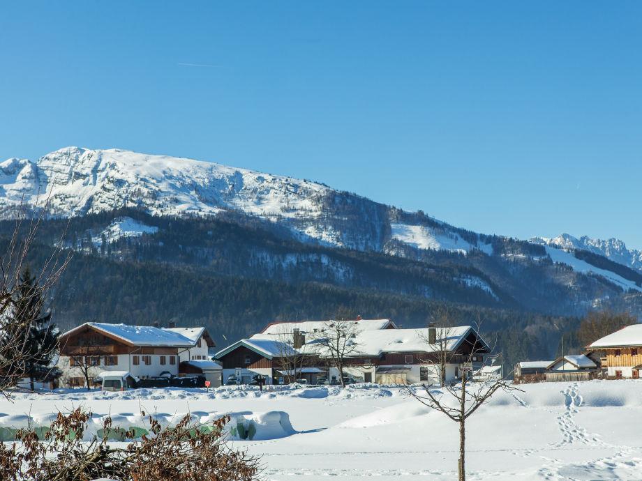 Blick zum Unterberg und Kaisergebirge